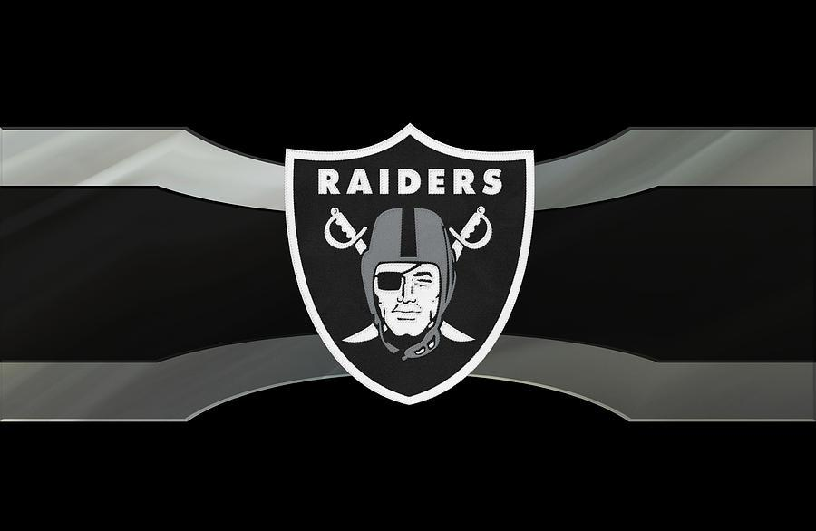 Special T Si >> SI is Teaming up with the Oakland Raiders - St. Ignatius Parish School